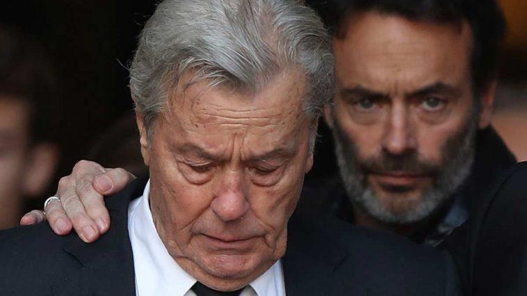 Alain Delon en mauvaise passe : cette regrettable séparation annoncée par son fils Anthony !