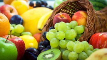 Oranges poires raisins : quid des fruits les plus pollués ?